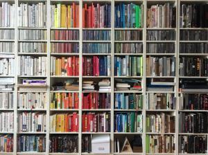 libreria repleta de libros